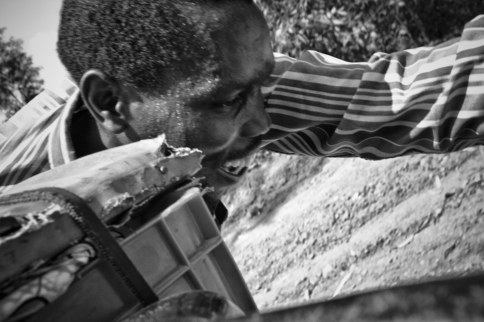 Art and Documentary Photography - Loading Rwanda_B&W_LoRes_12.jpg