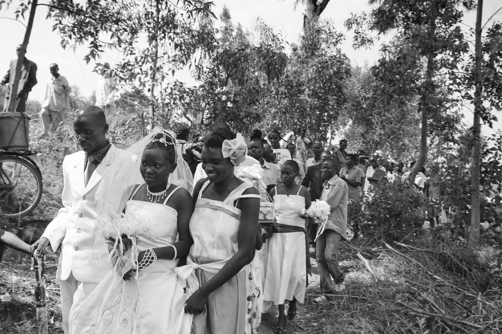 Art and Documentary Photography - Loading Rwanda_B&W_LoRes_16.jpg