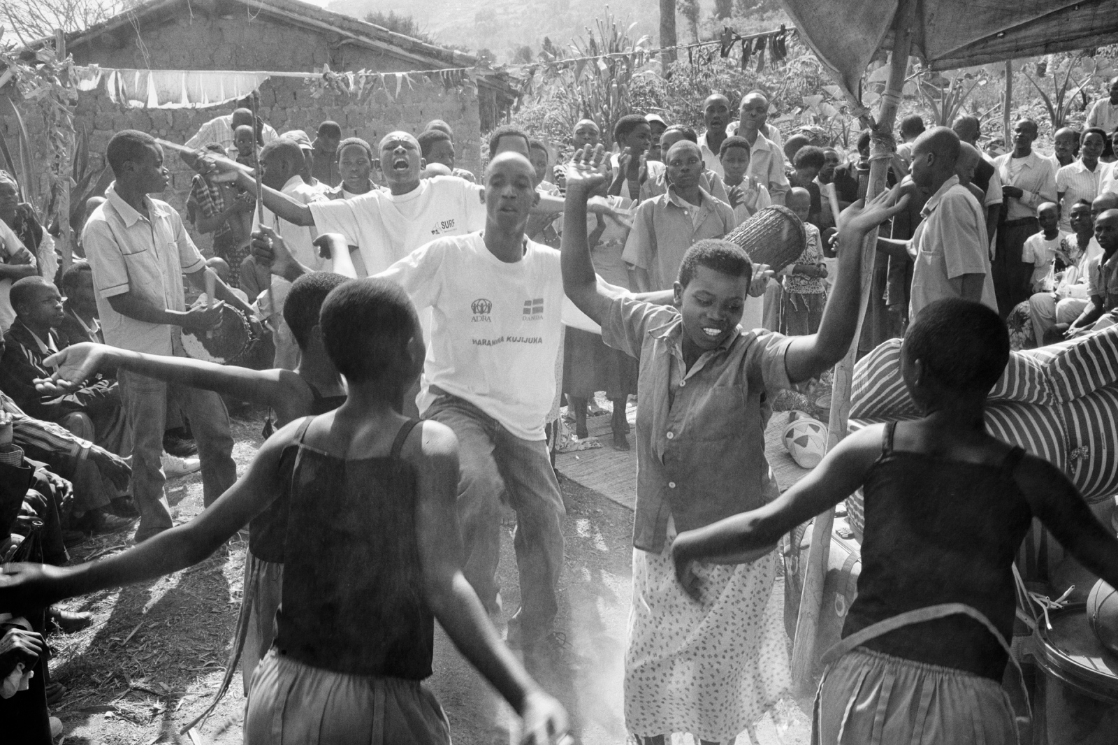 Art and Documentary Photography - Loading Rwanda_B&W_LoRes_18.jpg