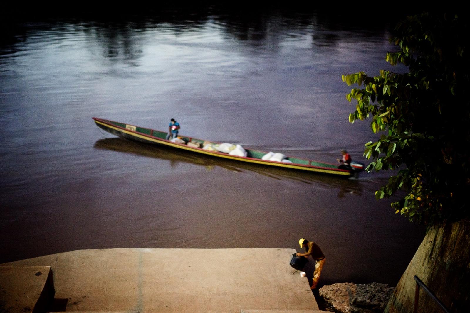 Art and Documentary Photography - Loading misha-vallejo-16.JPG