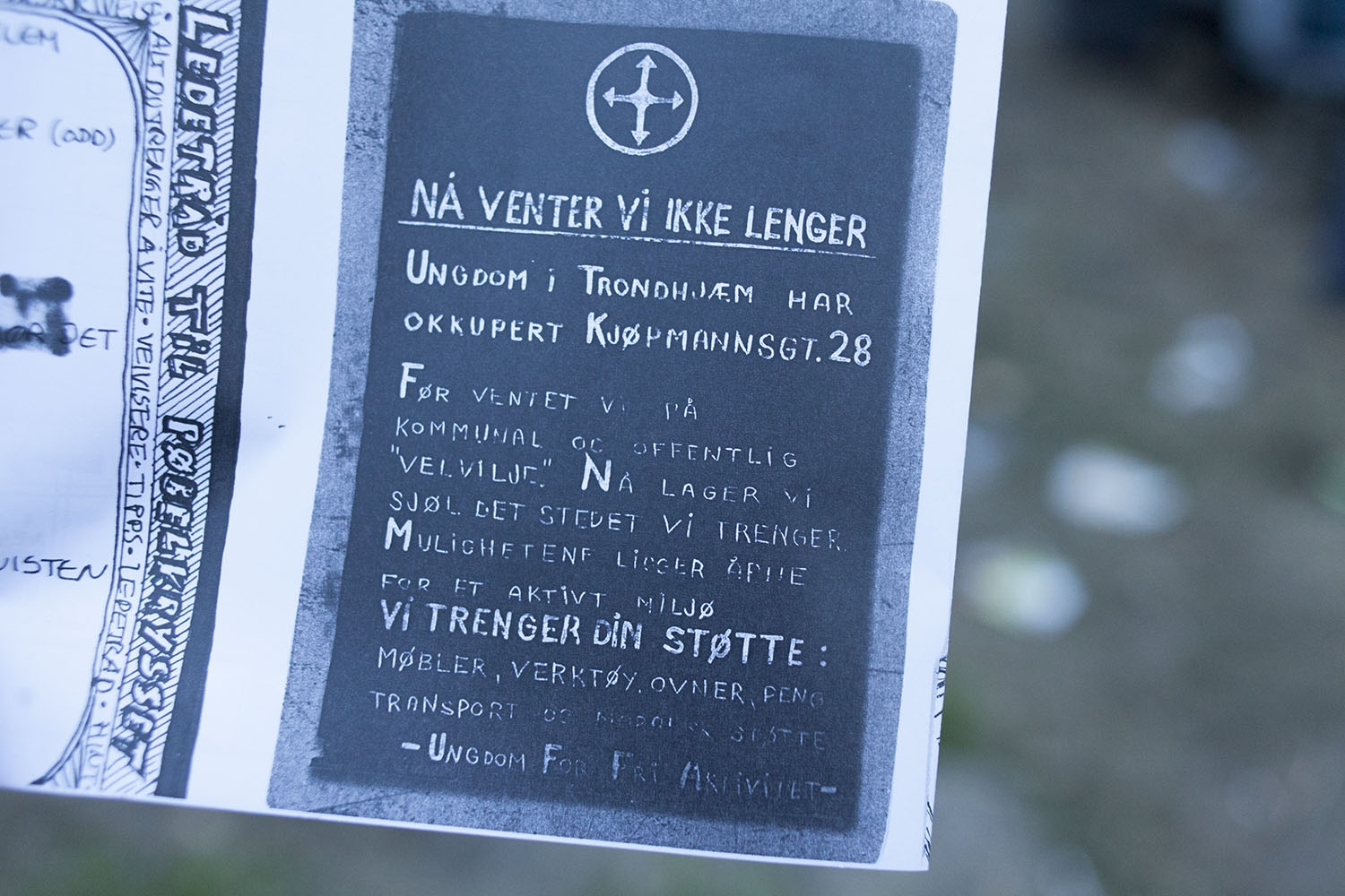 Image of the poster UFFA printed up when they occupied the site in Kjøpmans street 28 in 1981.The headline is «We wait no longer».