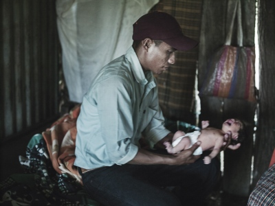 22 year old Jaimeworries because his daysyear old son won't eat. Alicia was 11 when he came to her house to ask her parents for her hand.