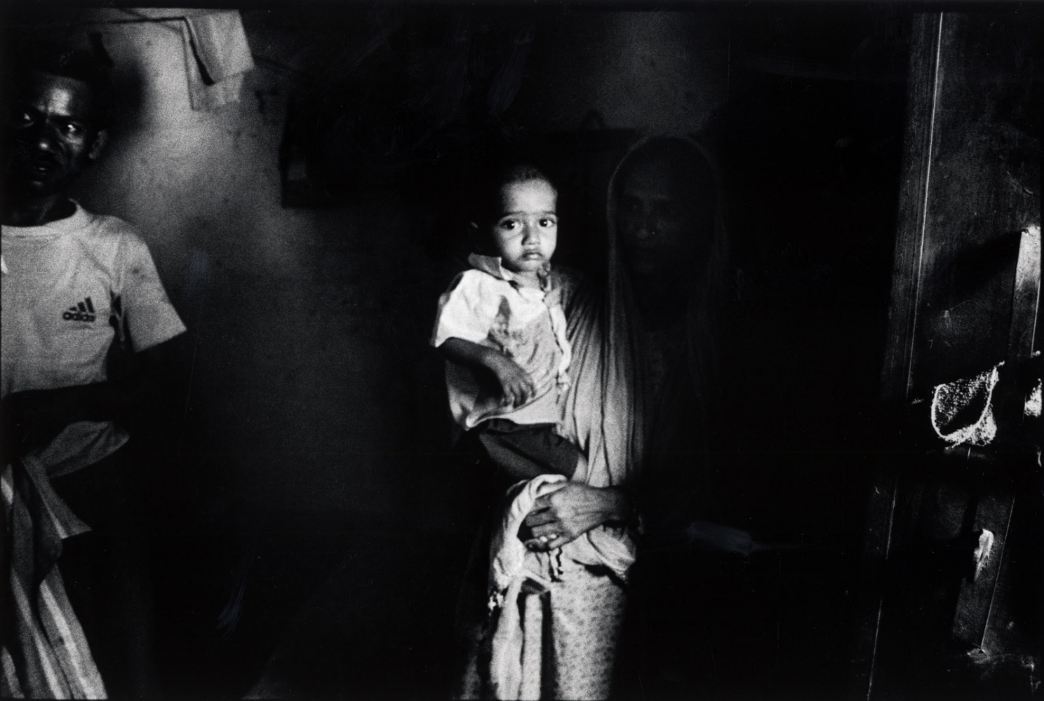 Art and Documentary Photography - Loading 2004__india_014.jpg