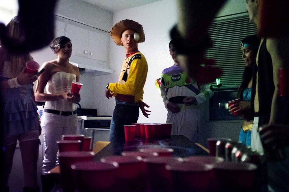 Art and Documentary Photography - Loading costumesandredcups_epr_001.jpg