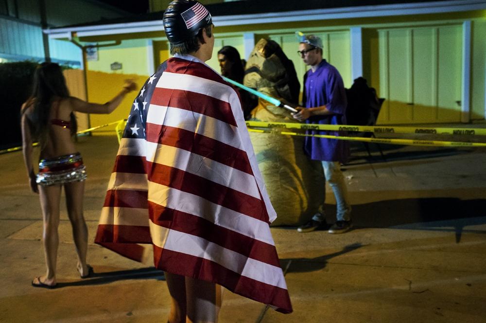 Art and Documentary Photography - Loading costumesandredcups_epr_007.jpg