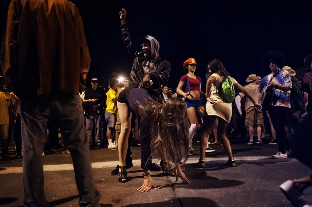 Art and Documentary Photography - Loading costumesandredcups_epr_010.jpg