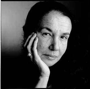 Death of Mary Ellen Mark (1940-2015).