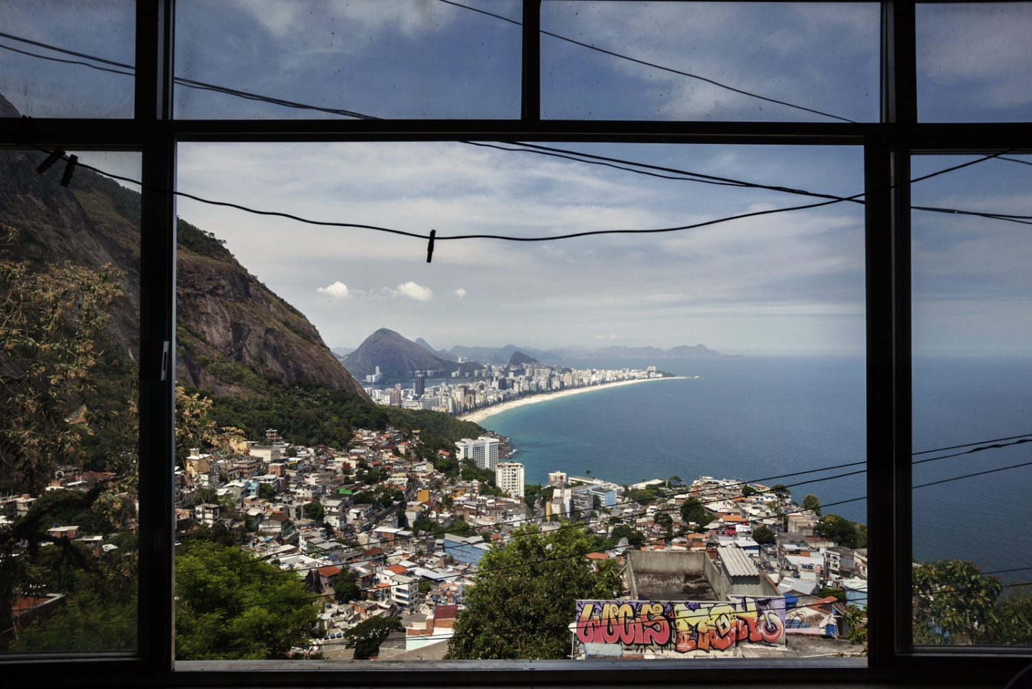 Art and Documentary Photography - Loading Rio_01.jpg