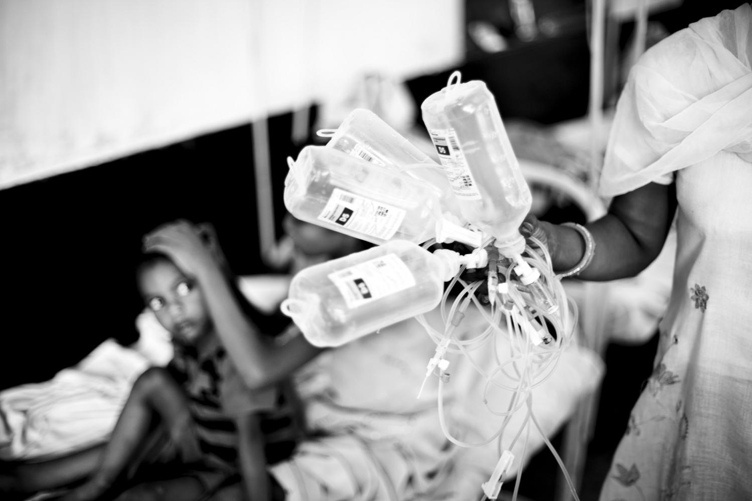 Art and Documentary Photography - Loading Kala Azar - black fever - fiebre negra - Leishmaniasis - David Rengel-03.jpg