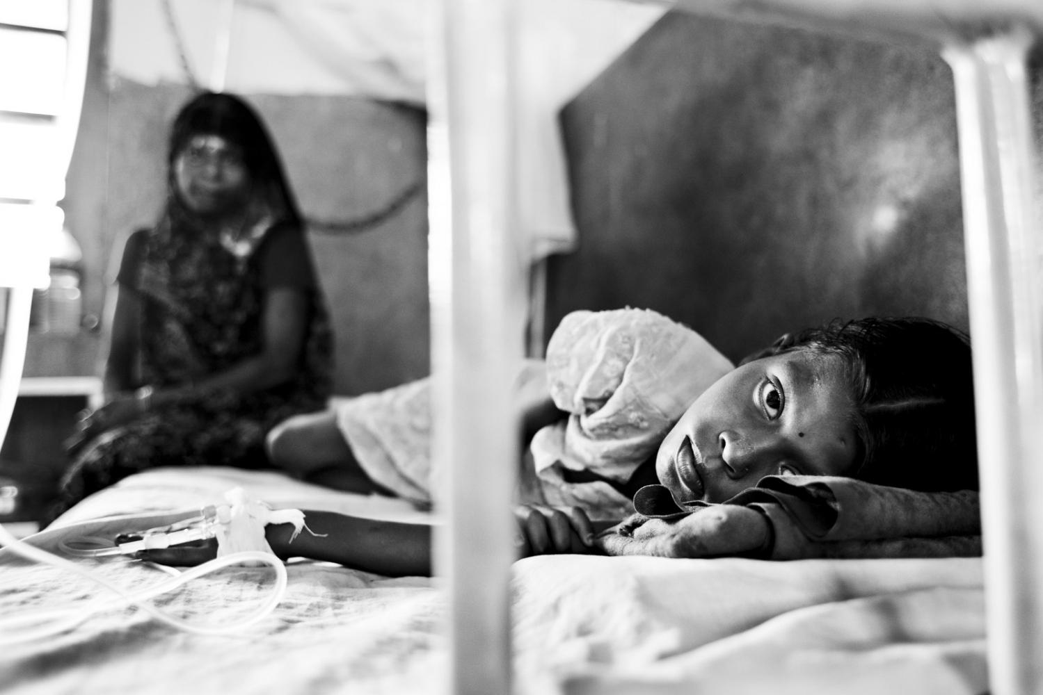 Art and Documentary Photography - Loading Kala Azar - black fever - fiebre negra - Leishmaniasis - David Rengel-19.jpg