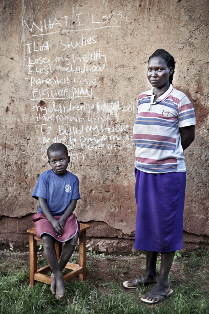 Art and Documentary Photography - Loading Future Plans - Planes de Futuro - Uganda - Ex-childsoldiers - David Rengel-07.jpg
