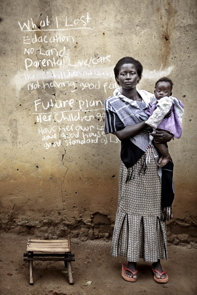 Art and Documentary Photography - Loading Future Plans - Planes de Futuro - Uganda - Ex-childsoldiers - David Rengel-08.jpg