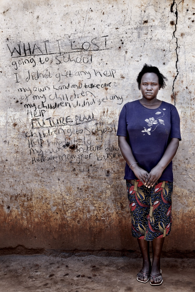 Art and Documentary Photography - Loading Future Plans - Planes de Futuro - Uganda - Ex-childsoldiers - David Rengel-10.jpg