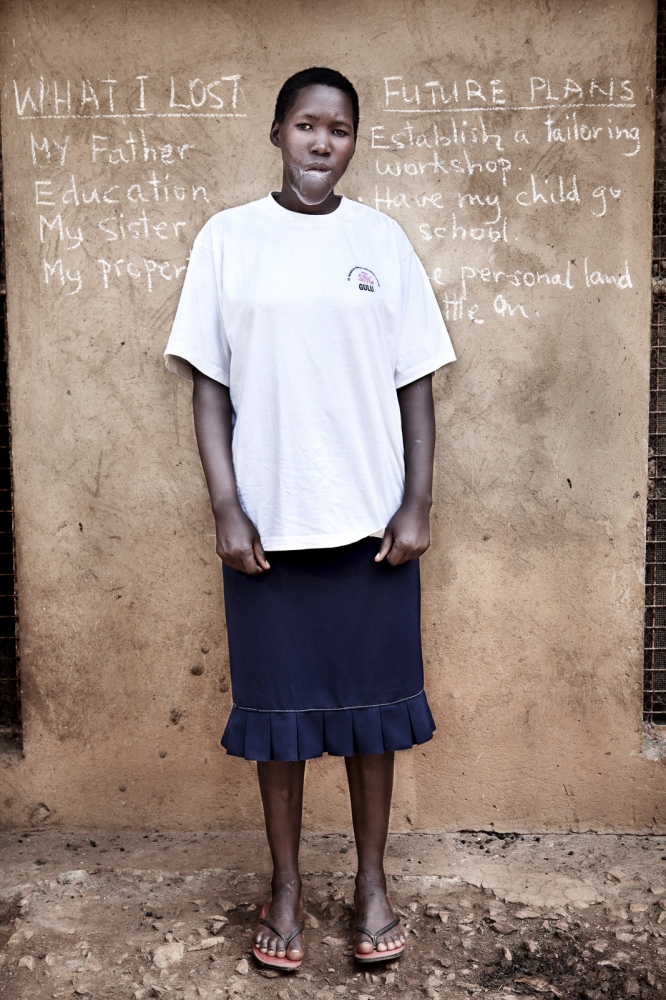 Art and Documentary Photography - Loading Future Plans - Planes de Futuro - Uganda - Ex-childsoldiers - David Rengel-14.jpg