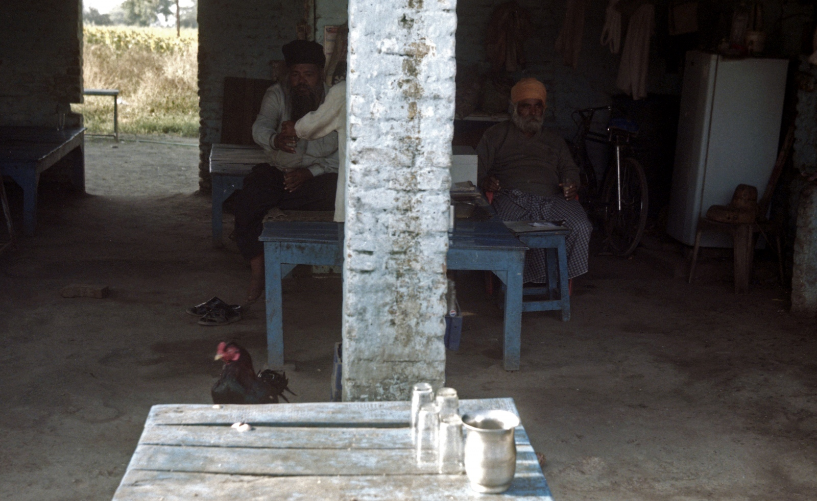 Art and Documentary Photography - Loading dhaba2.jpg