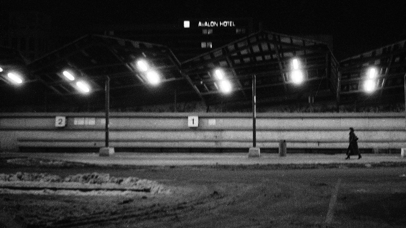 Art and Documentary Photography - Loading 08ist182.jpg