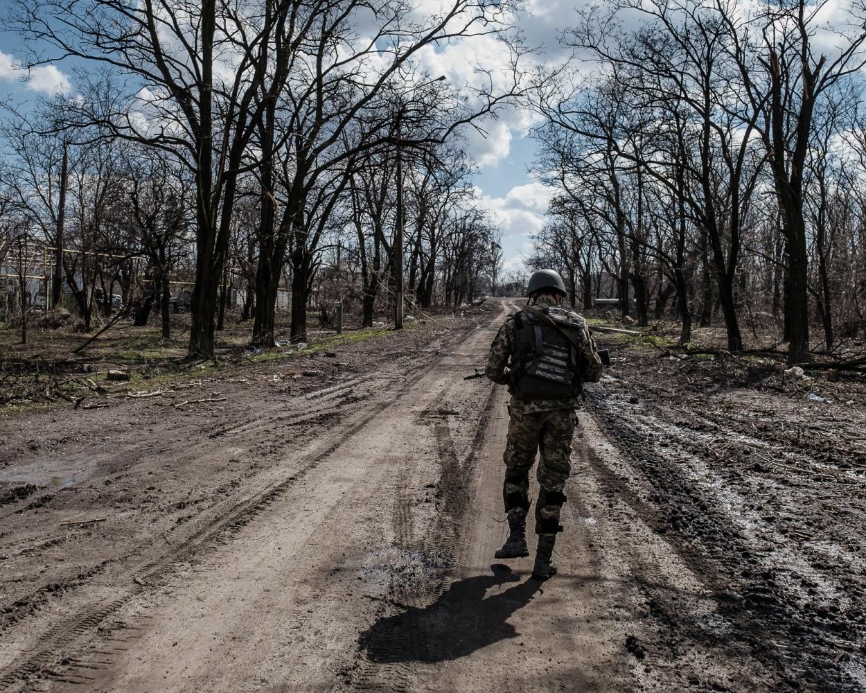 Art and Documentary Photography - Loading Front_line_Ukraine-16.jpg
