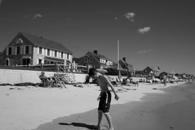 Beach Walk, Maine (2015)