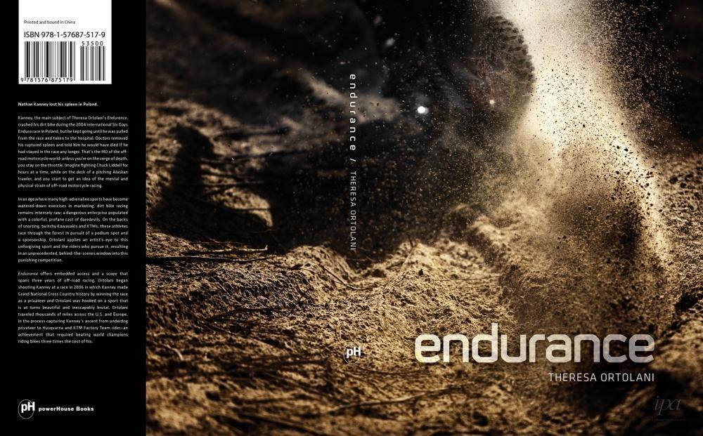 Art and Documentary Photography - Loading __TheresaOrtolani_Endurance_01.jpeg