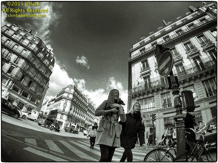Art and Documentary Photography - Loading des_moments_de_paris_G0020059_0047.jpg