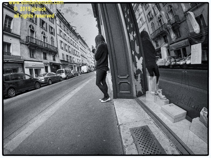 Art and Documentary Photography - Loading des_moments_de_paris_GOPR0453_0048.jpg