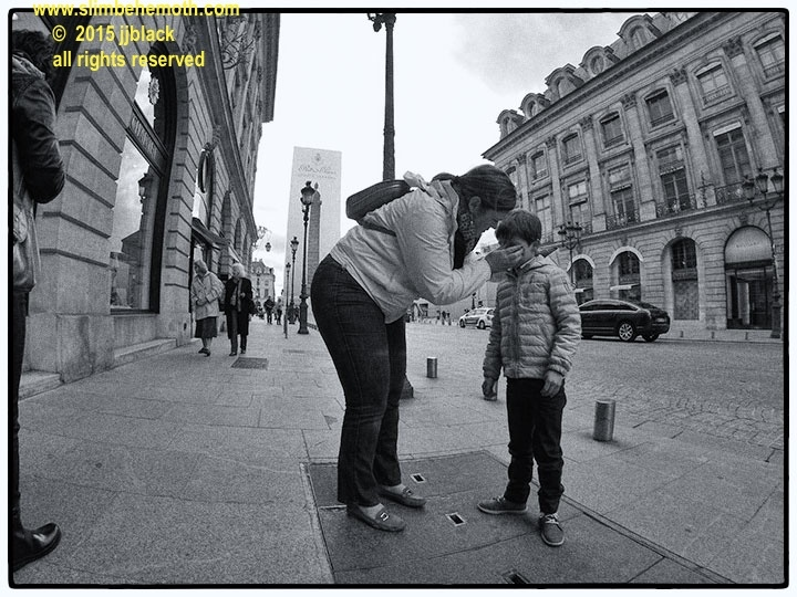 Art and Documentary Photography - Loading des_moments_de_paris_GOPR0466_0007.jpg