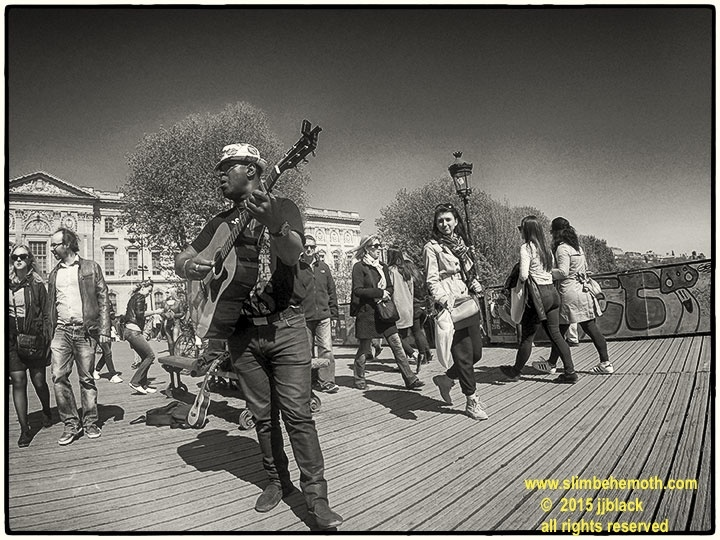 Art and Documentary Photography - Loading des_moments_de_paris_GOPR0571_0013.jpg