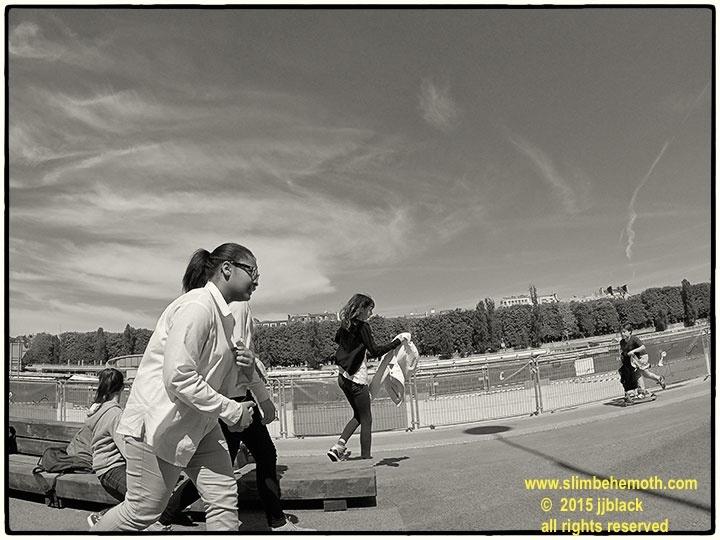 Art and Documentary Photography - Loading des_moments_de_paris_GOPR0632_0014.jpg