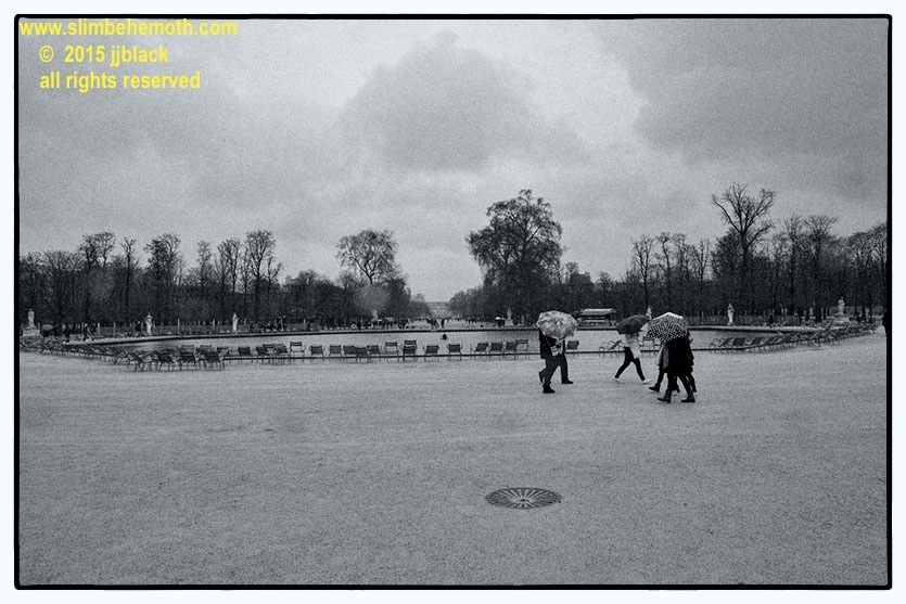 Art and Documentary Photography - Loading des_moments_de_paris_IMG_4343_0019.jpg