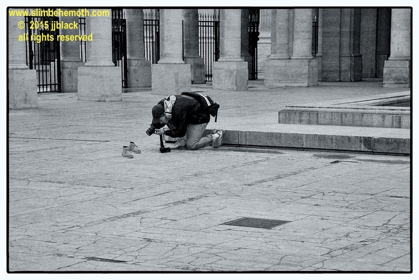 Art and Documentary Photography - Loading des_moments_de_paris_IMG_4355_0022.jpg