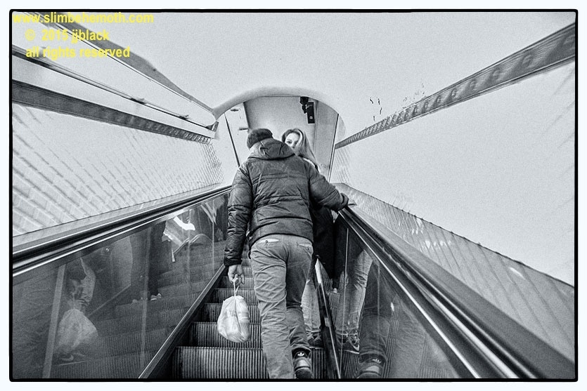 Art and Documentary Photography - Loading des_moments_de_paris_IMG_4420_0028.jpg