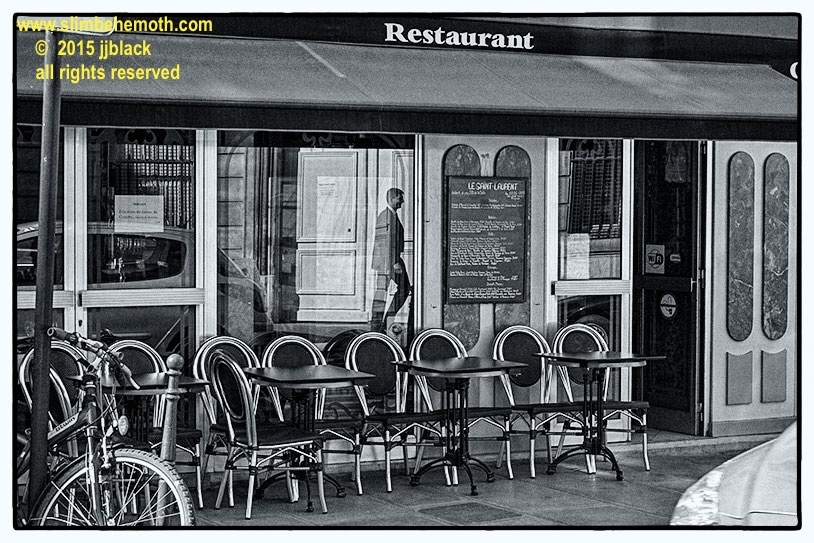Art and Documentary Photography - Loading des_moments_de_paris_IMG_4445_0031.jpg