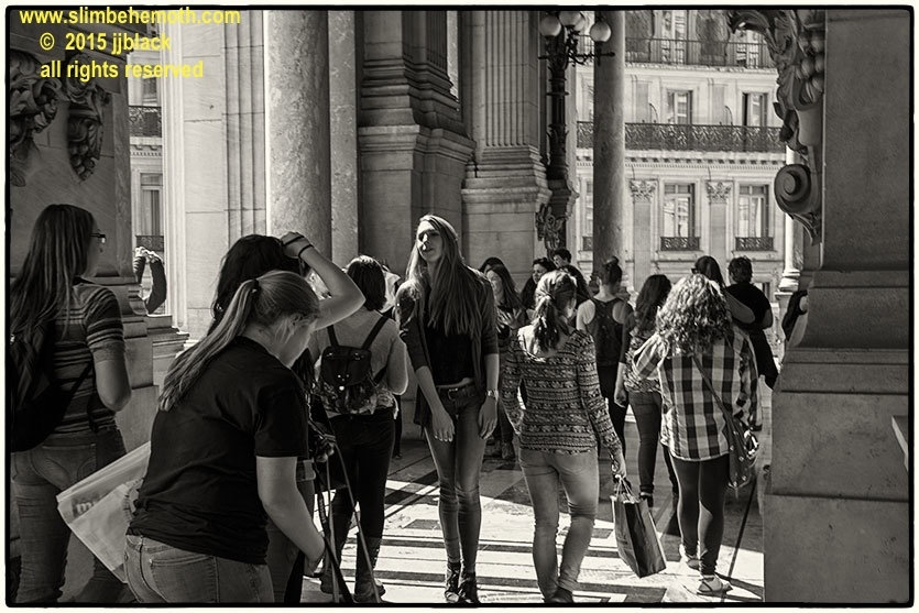 Art and Documentary Photography - Loading des_moments_de_paris_IMG_4507_0034.jpg