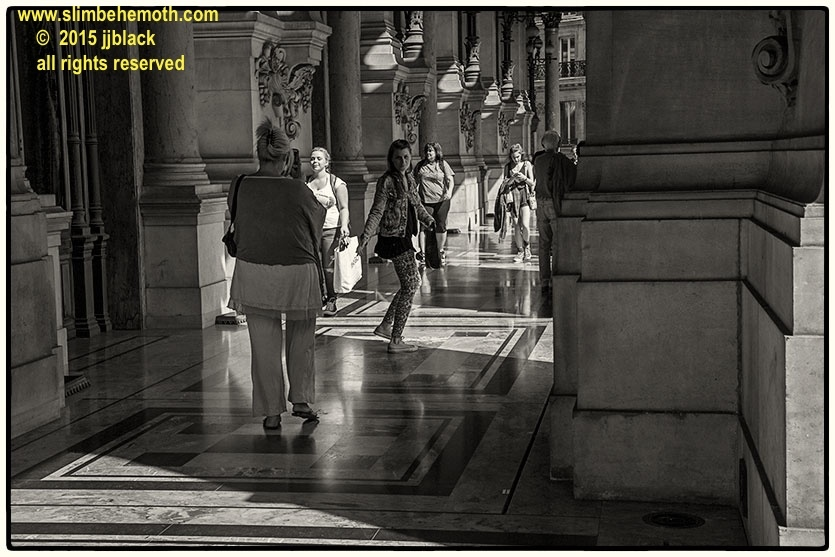 Art and Documentary Photography - Loading des_moments_de_paris_IMG_4521_0037.jpg