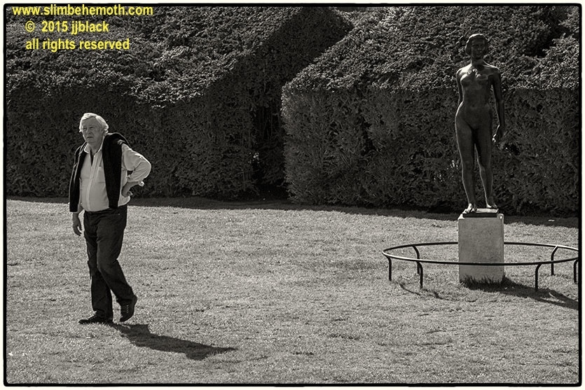 Art and Documentary Photography - Loading des_moments_de_paris_IMG_4586_0042.jpg
