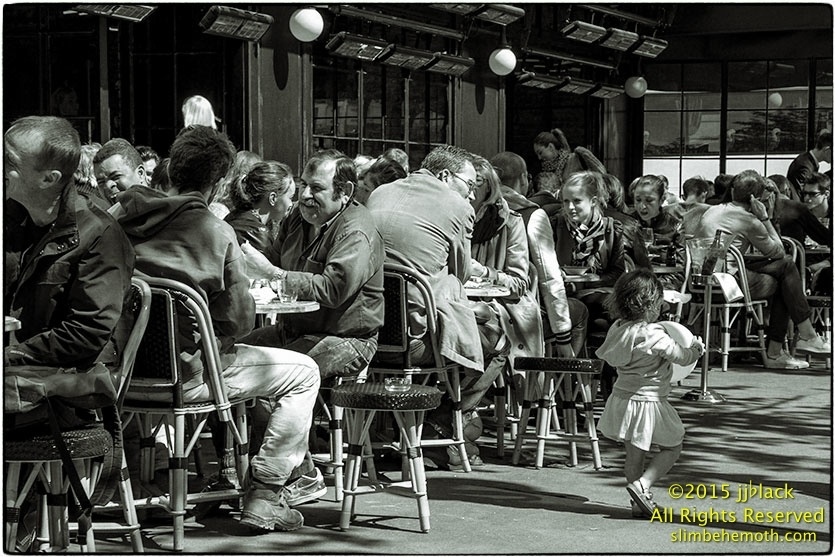 Art and Documentary Photography - Loading des_moments_de_paris_IMG_4880_0070.jpg