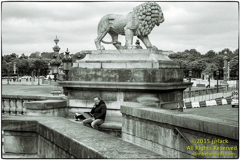 Art and Documentary Photography - Loading des_moments_de_paris_IMG_5363_0101.jpg