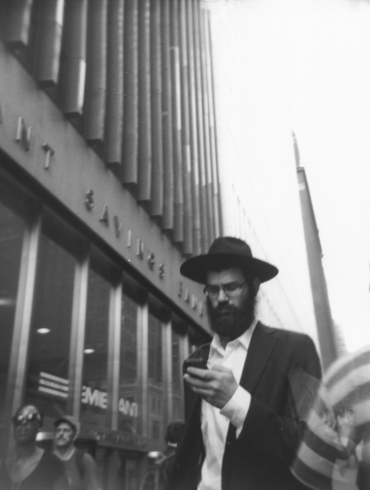 Art and Documentary Photography - Loading Hassidic_texter.jpg