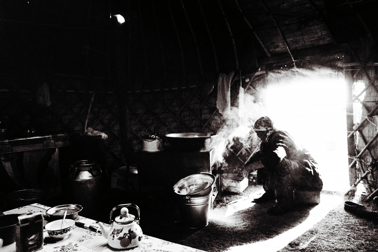Art and Documentary Photography - Loading b11.JPG