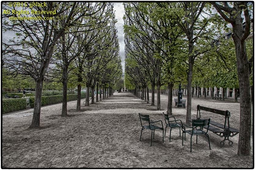 Art and Documentary Photography - Loading parispostcards_027.jpg