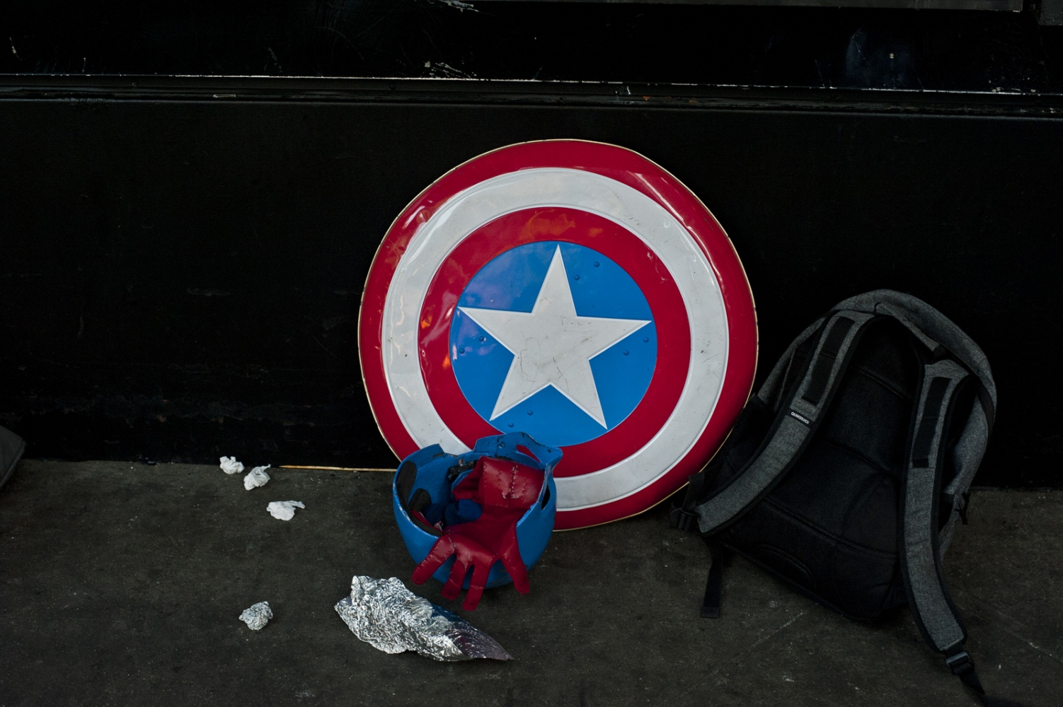 New York, Detail of a costume in Times Square.