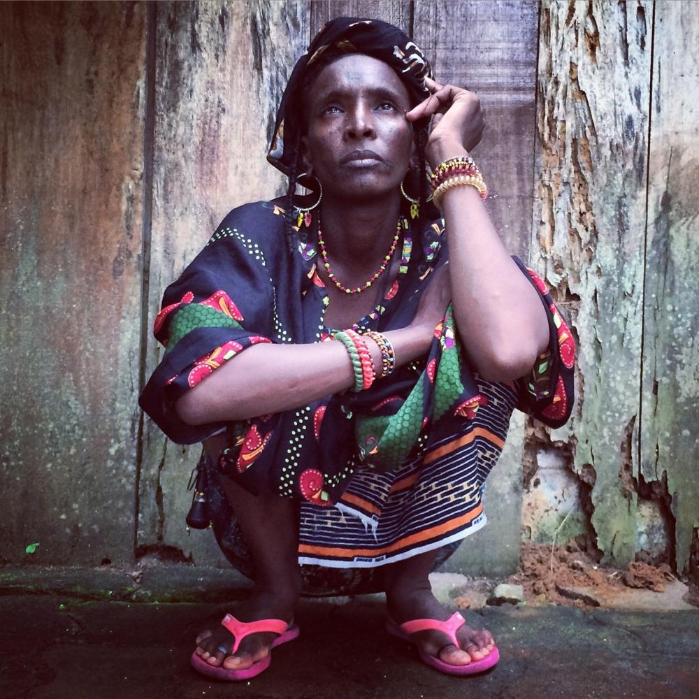 Art and Documentary Photography - Loading IMG_9097_femme_de_Niger.jpg