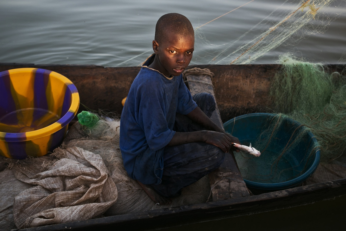 Art and Documentary Photography - Loading NYTportfolio_Mali_05.JPG