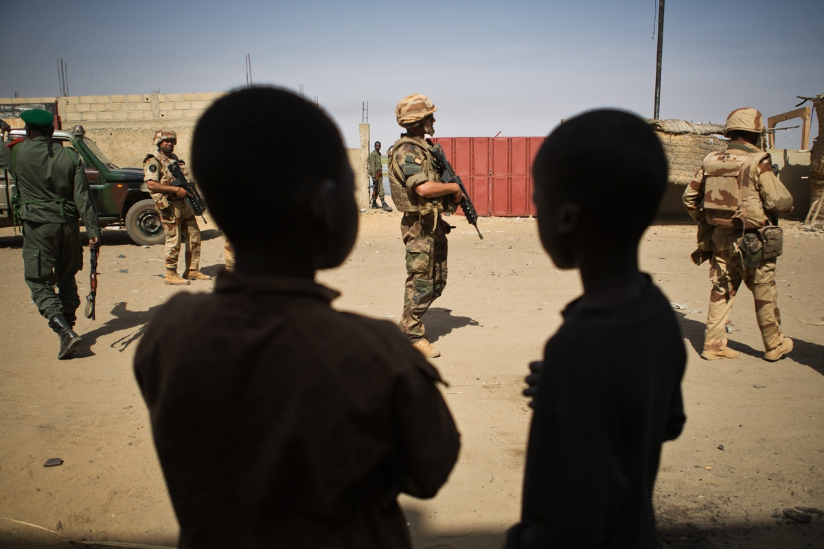 Art and Documentary Photography - Loading NYTportfolio_Mali_06.JPG