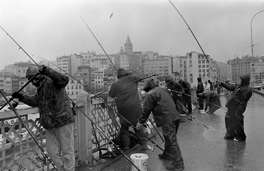 Art and Documentary Photography - Loading Istanbul_bw-4.jpg