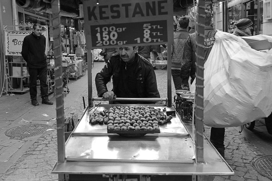 Art and Documentary Photography - Loading Istanbul_bw-22.jpg