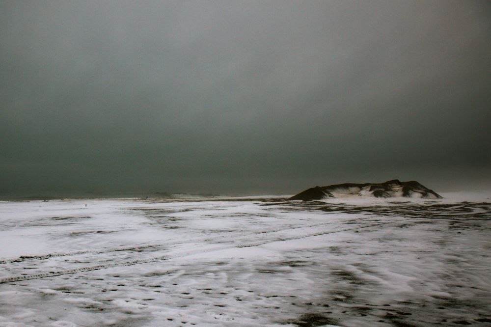 Photography image - Loading coneyIslandBeach_winter.jpg