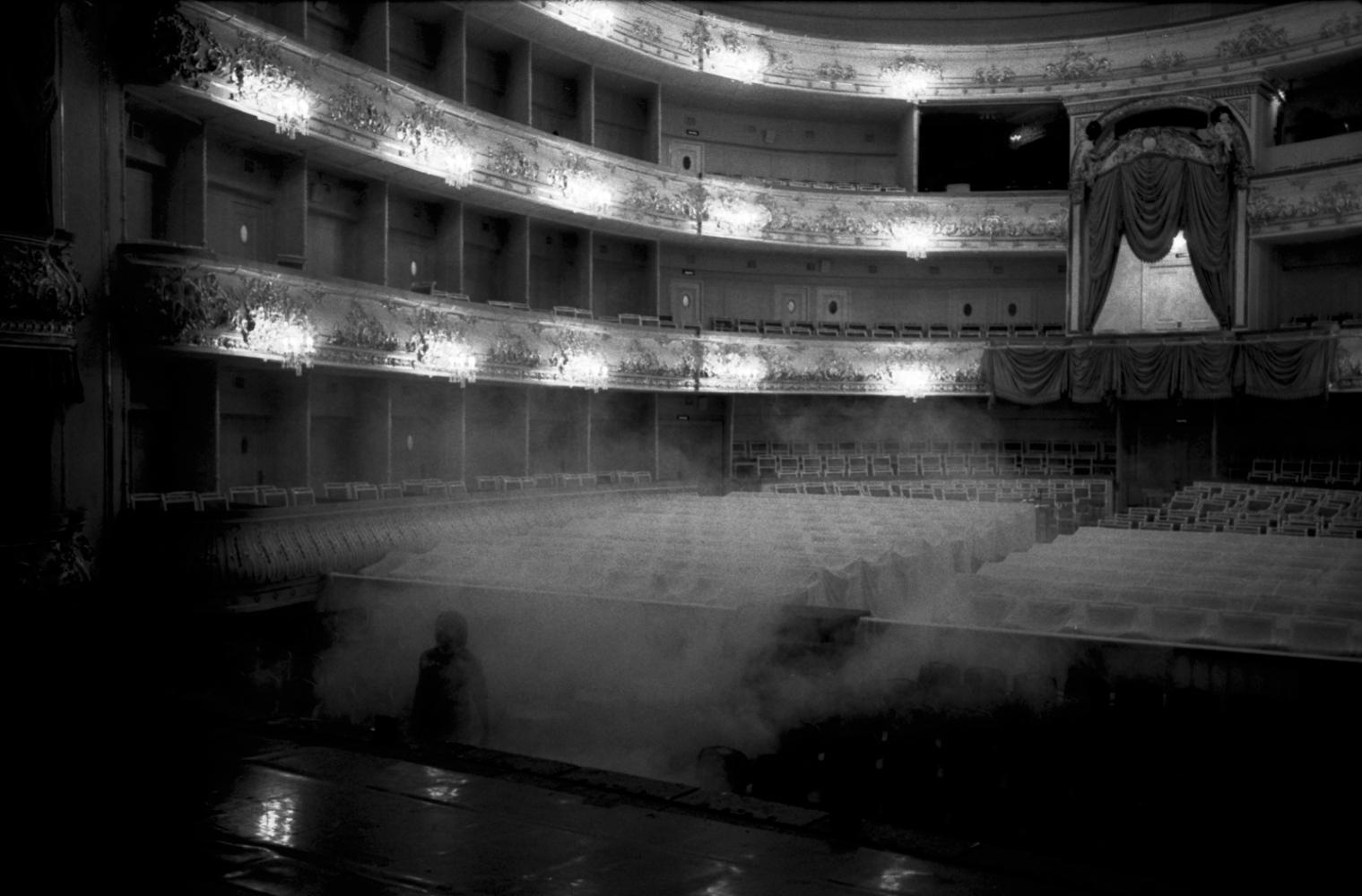 Art and Documentary Photography - Loading WEB_Prelude_AndreaSantolaya-10.jpg