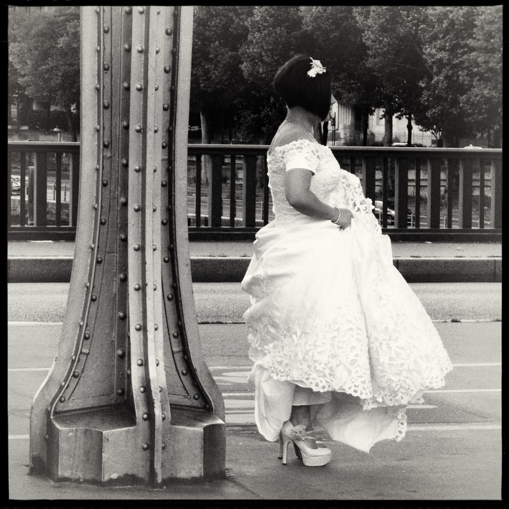 Art and Documentary Photography - Loading GETTING_MARRIED_IN_THE_PARIS_001.jpg
