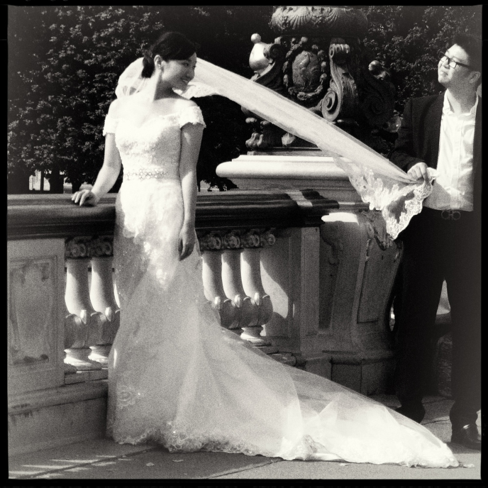 Art and Documentary Photography - Loading GETTING_MARRIED_IN_THE_PARIS_012.jpg